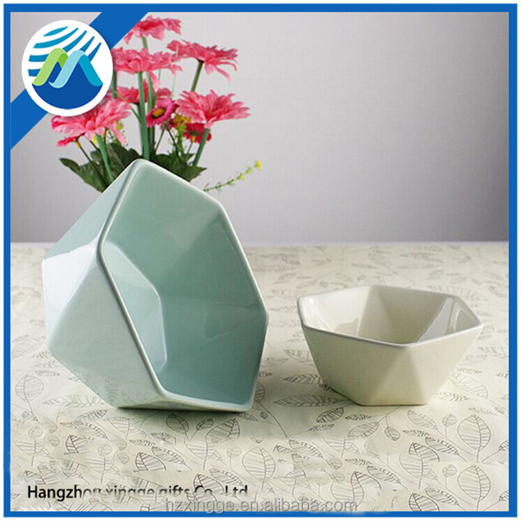 New Style Porcelain Polygonous Bowl in Different Color