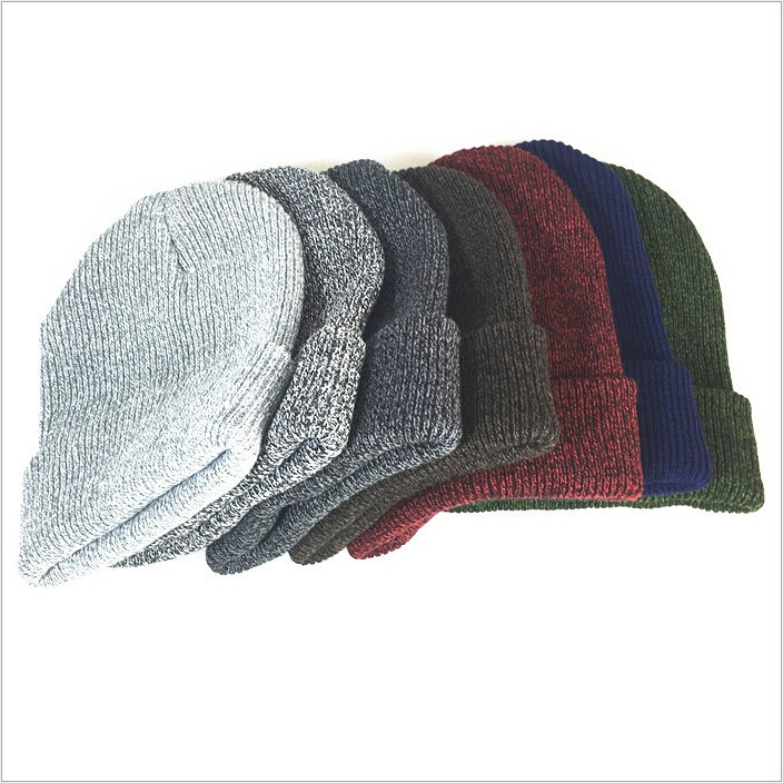 Venta al por mayor bordado acrílico barato llanura sombrero Beanie de punto  sombrero adulto 1589df4e4cc