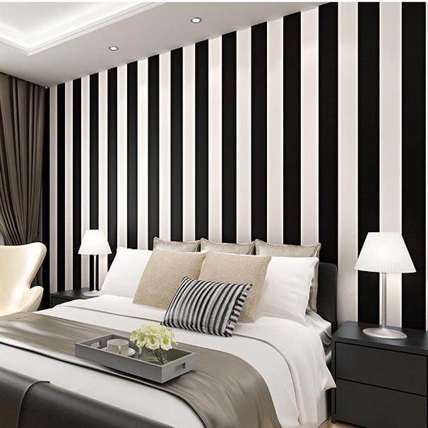 возникает чувство дизайн комнат стены в полоску фото жене