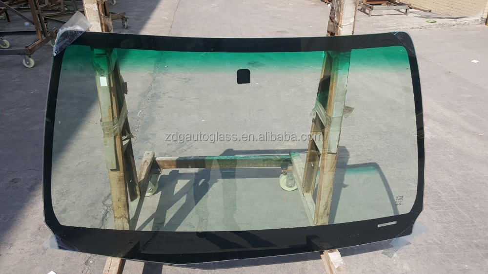 AUTO WIND SHIELD GLASS