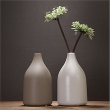 Elegant bottle shaped small ceramic vases modern style home decoration