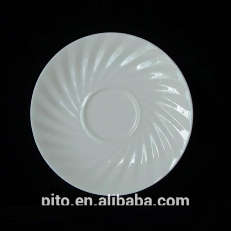 P & t王室陶器、卸売磁器食器セット、ホット販売デザインホワイトセラミックスプレート