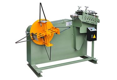 Uncoiler straightener สำหรับโลหะวัสดุให้อาหาร 2 in 1 uncoiling และเครื่อง