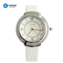 China Cheaper Ladies siliver Case Watches Thin Leather Luxury Bracelet Quartz Wrist diamond Watches Women