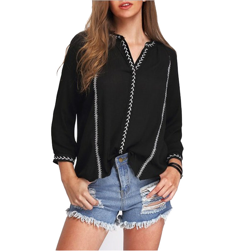 The Classic Boutique offers a wide selection of long and short sleeved ladies blouses with everything from plain white blouses to the traditional patterned floral blouses in liberty design fabrics.