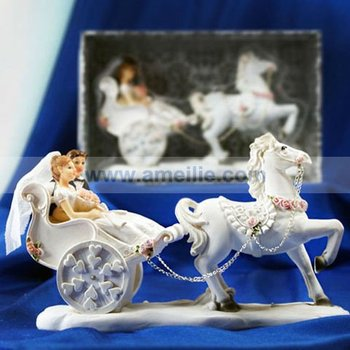 A07367 White Color Bride And Bridegroom Design Carriage Wedding Cake Toppers Buy Wedding Cake Toppers Wedding Doll Cake Topper Bride And Groom
