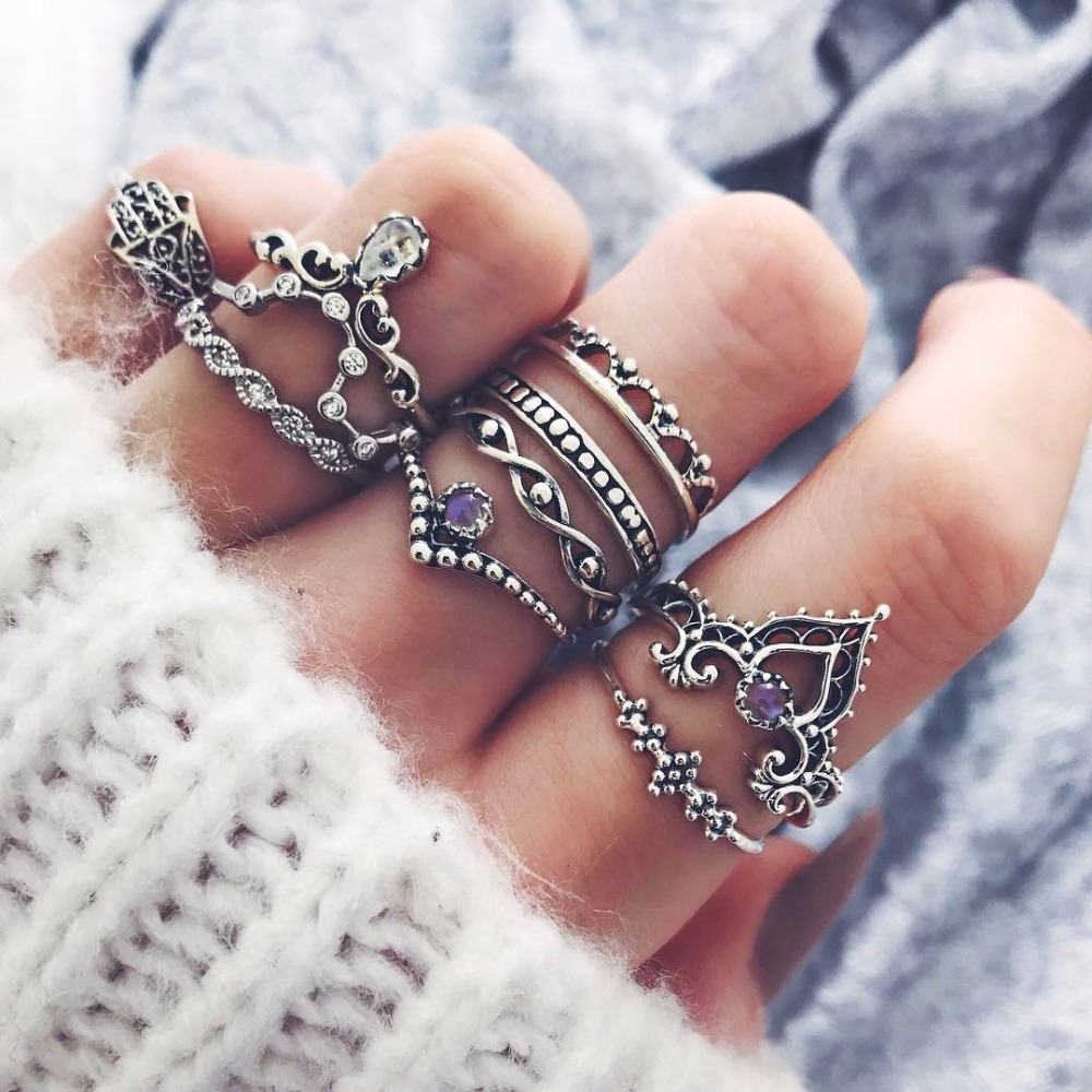 10 stks/set Populaire Nieuwe Designer Product Pave Instelling Paars Strass Midi Ring Royal Crown Knuckle Ringen Bohemian Ring Set