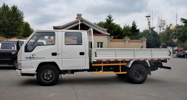 China Pickup Truck Dual Row Jmc 4x2 Mini Light Duty 2 Ton 3 For