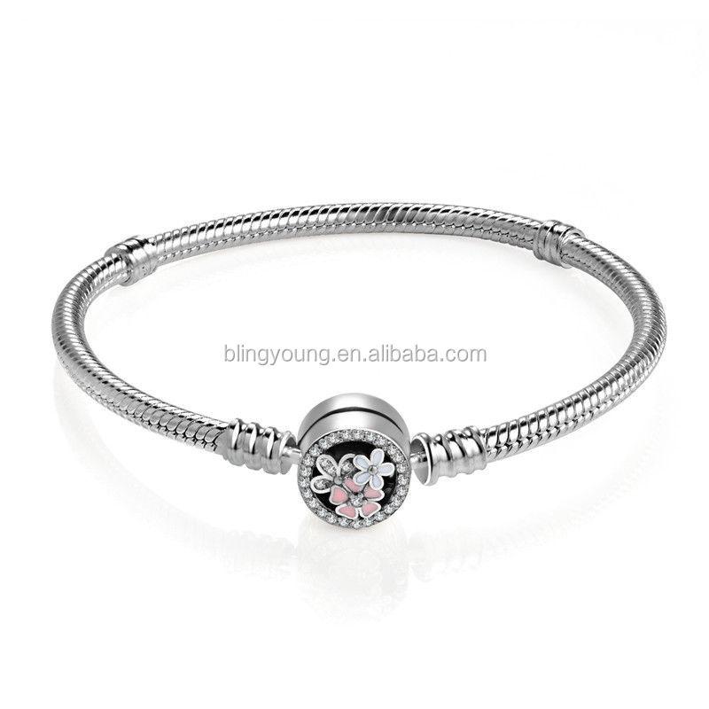 4a1086895f797 مصادر شركات تصنيع ثعبان الفضة سحر وثعبان الفضة سحر في Alibaba.com