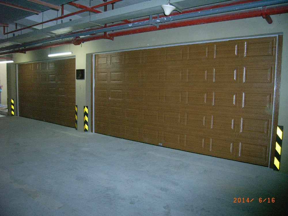 Top Auto Accordion Sectional Galvanized Steel Garage Doors and Hardware for Sale