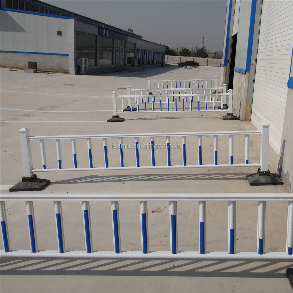 Traffic road divider with steel divider factory