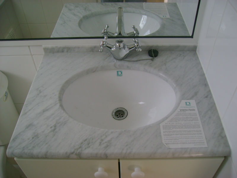 Marmo Bianco Di Carrara Top Per Bagno Di Vanità - Buy Product on ...