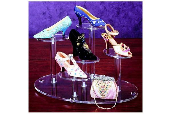 Acrylic shoe <strong>display</strong>