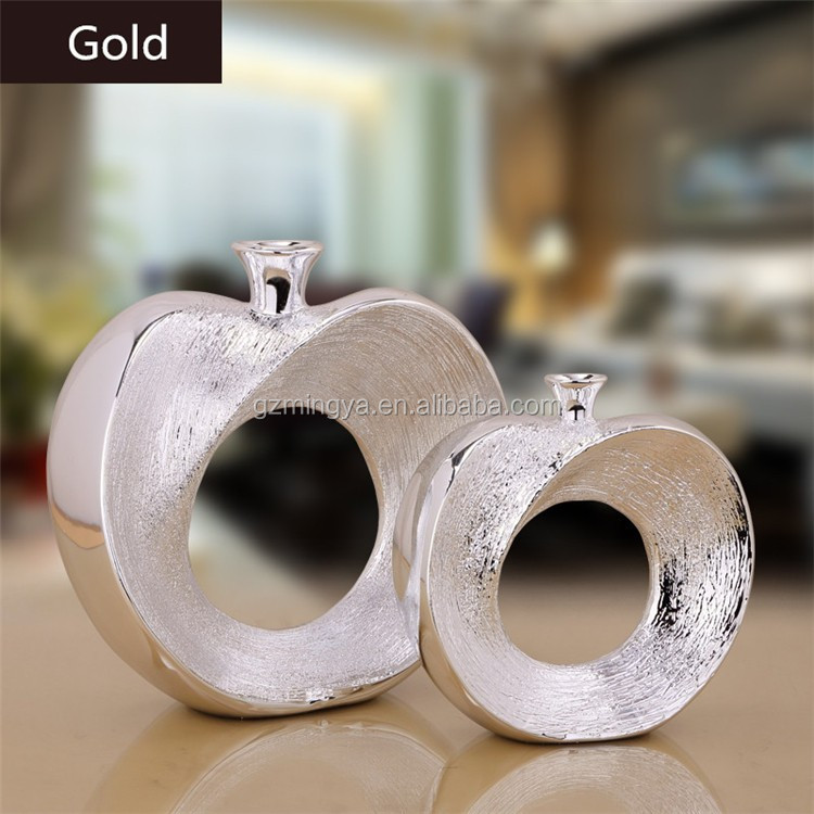 Guangzhou home decoration piece factory direct sell business gift apple resin figure