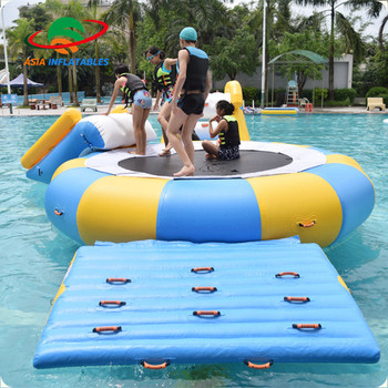 Round Inflatable Water Bouncer / Water Trampoline