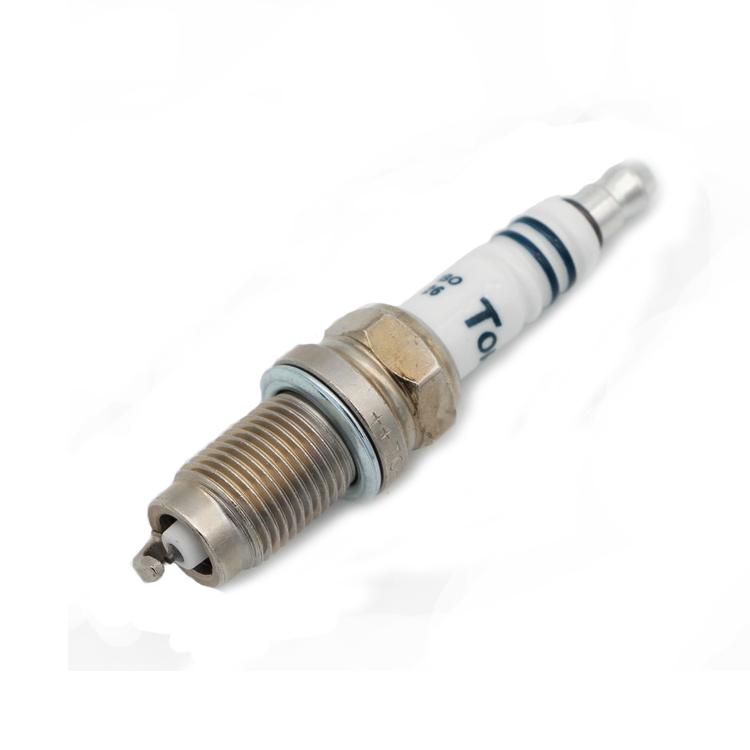 Denso 4513 PTV16TT Platinum TT Spark Plug 1-Pack