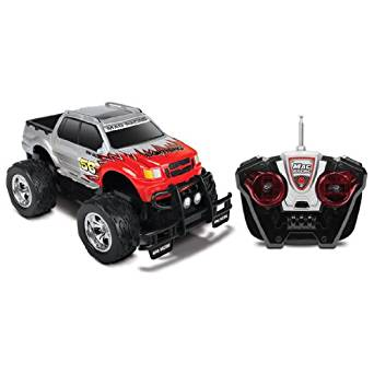 World Tech Toys Mag Racing Lightning RC Truck (1:18 Scale)