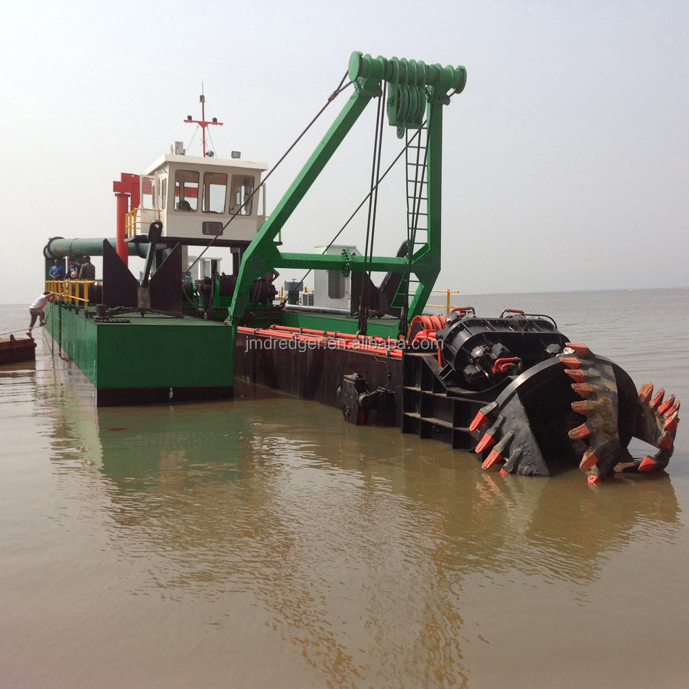 New cutter suction dredging machine/sand mining dredge/dredger for beach dredging on sale