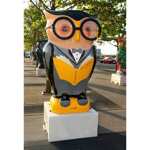 New Design Owl Style Cartoon Figure Painting Sculpture for Outdoor Display