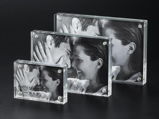 Elegant acrylic photo frame in double side vision