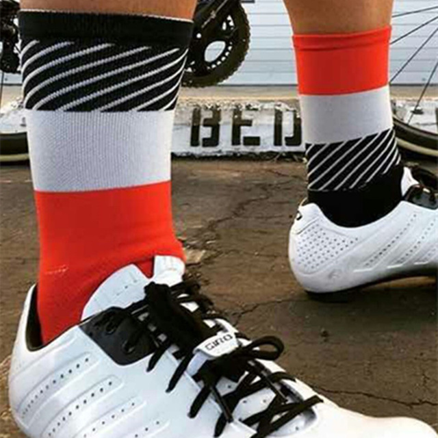 2017-bmambas-Men-Sport-Socks-Bicycle-Cycling-Socks-Running-Outdoor-Socks-Compression-socks-Calcetines-Ciclismo.jpg_640x640