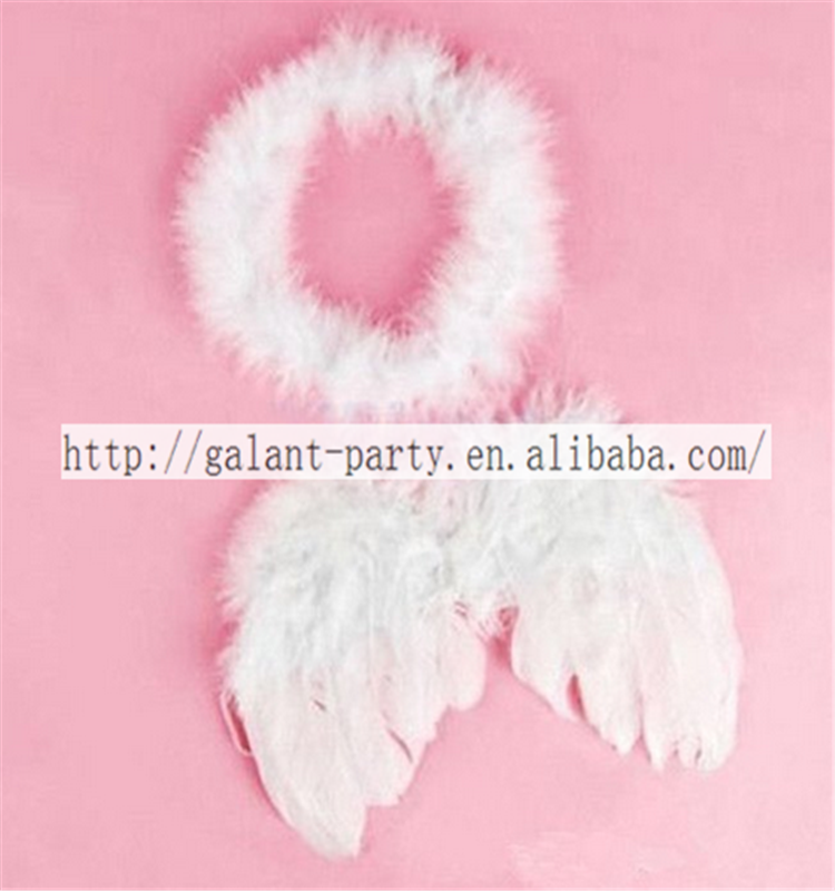 Cute baby white angel wings feather 대 한 새 해