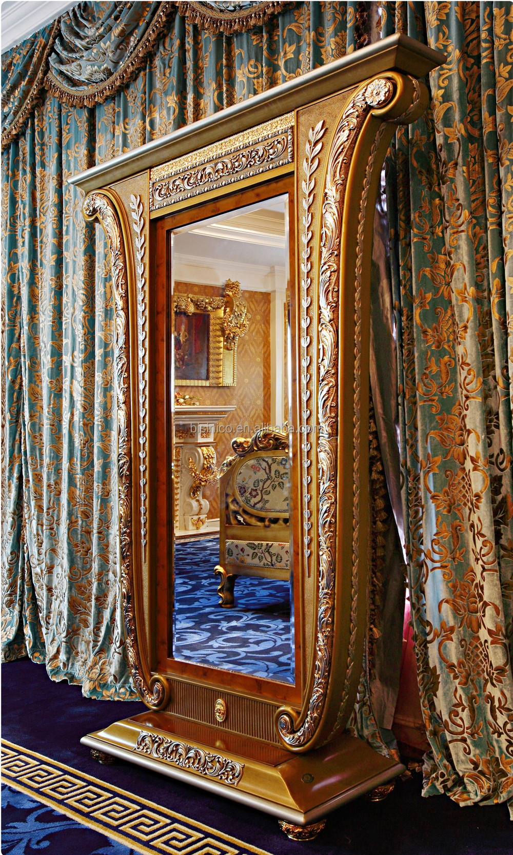 Louis Style Bedroom Furniture French Louis Xv Style Fantacy King Size Four Poster Bed Palace