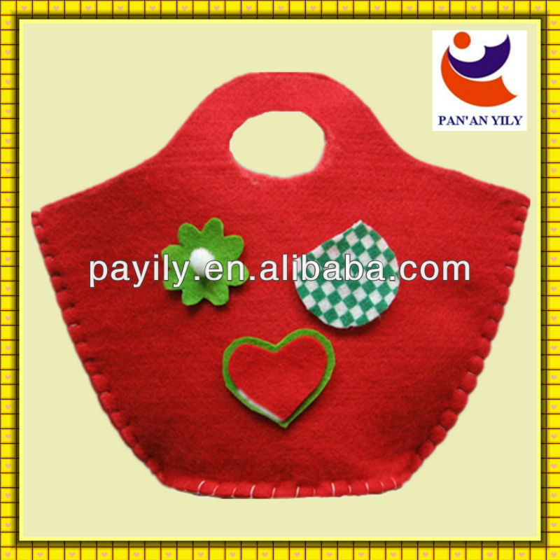 factory sale red color felt material easter felt bags