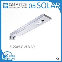 Factory wholesale 20w all in one solar outdoor street lights IP66 car parking light
