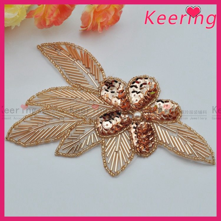 wholesale gold rhinestone applique for lady garment decoration
