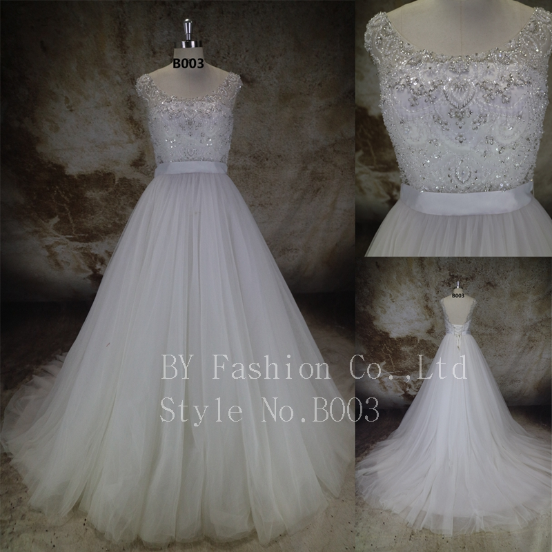 2016 high quality wedding dress with belt lace beading wedding gown for women