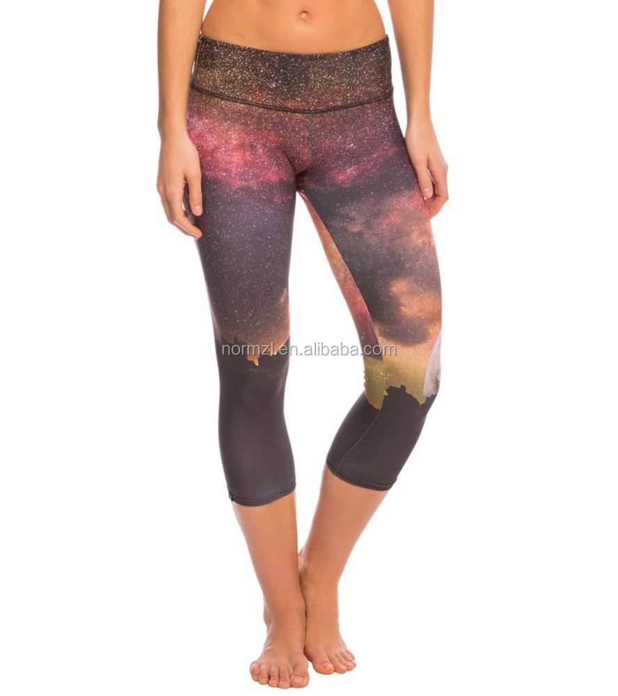 High Quality Polyester Yoga Capri Activewear For Girls