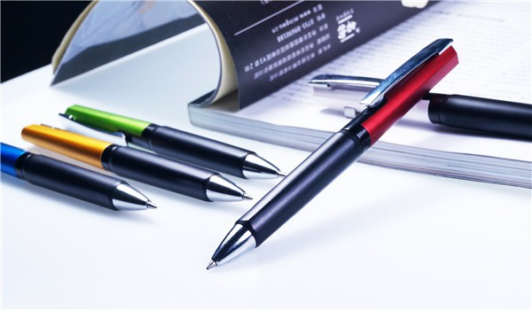 China wholesale office and stationery product promotional click mechanism plastic ball pen