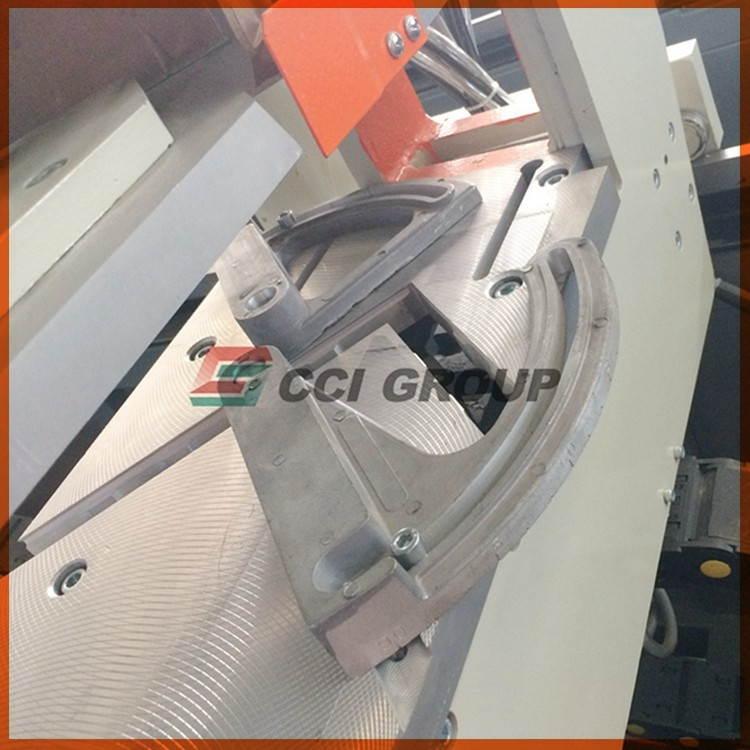 41.upvc window making machine