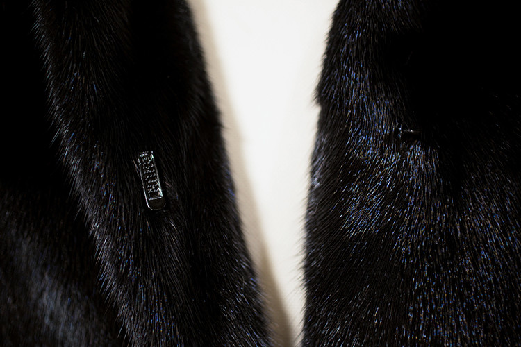 Sable Fur Collar Short Mink Fur Coat Jacket Custom OEM