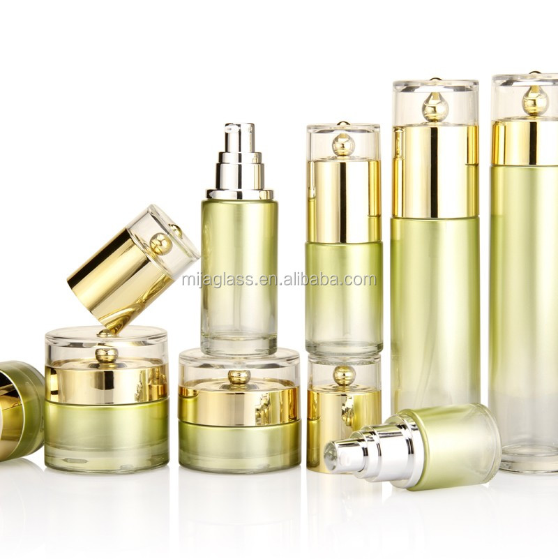Golden Empty Cosmetic Glass <strong>Bottle</strong>/30ml 40ml 100ml 120ml Foundation Liquid Glass <strong>Bottles</strong> for Skincare Cream/Lotion/Serum