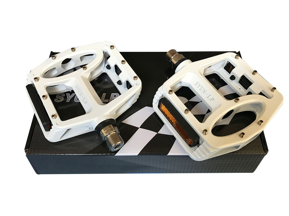 Costelo Ultimate light Mountain Bike Pedals MTB Road Cycling Sealed Bearing Pedals BMX Bicycle Pedals 440G 4 COLOR