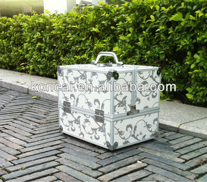 Portable micro-shiny PVC Silver new design vanity case fashion bag in bag