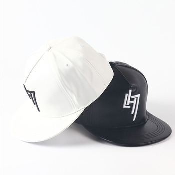 b694e6fc775 Custom leather blank flat brim 5 panel snapback cap hat