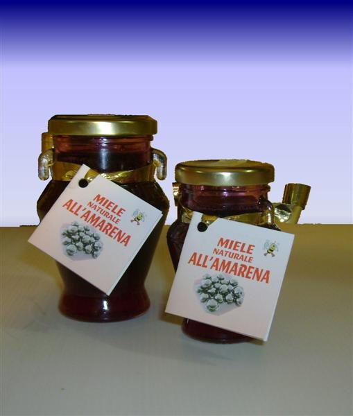 Natural Honey aromatize to the sourcherry in jar