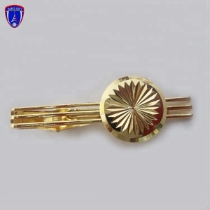 Fancy Shape Flower Golden Tie Clip With Custom Wavy Gear Edge Design