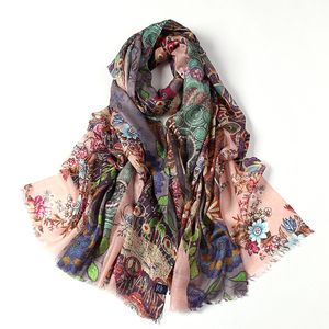Best-selling Women Winter Warm Printed Cowl Neck Scarf Shawls