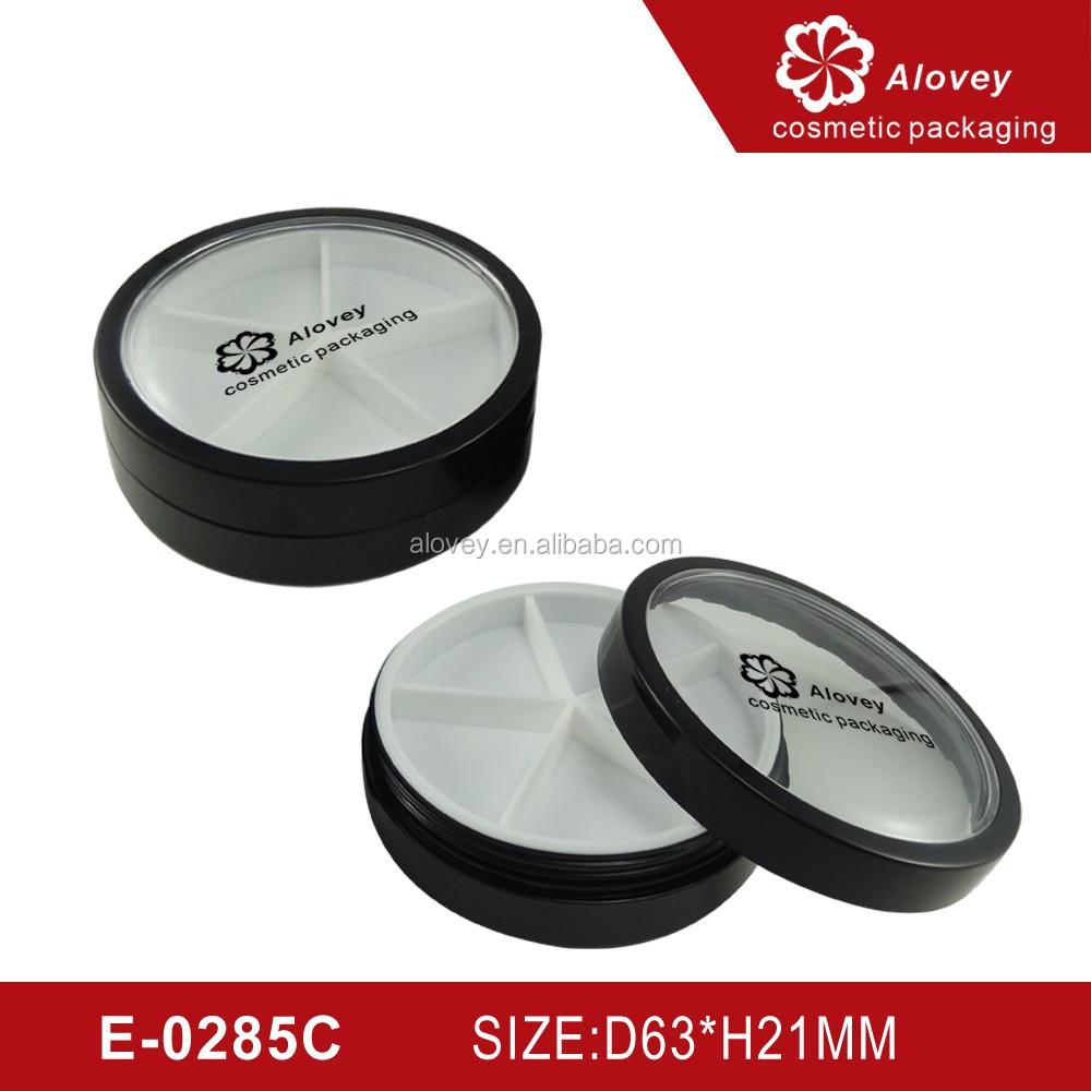 Empty makeup compact