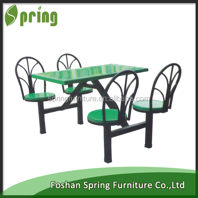 vente pas cher en plastique tables et chaises pour. Black Bedroom Furniture Sets. Home Design Ideas