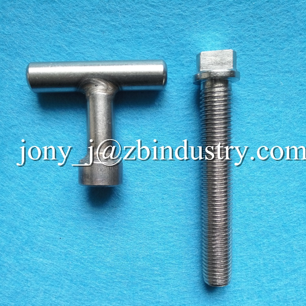 Customized non standard SS304/SS316 triangle flange head bolts and tool
