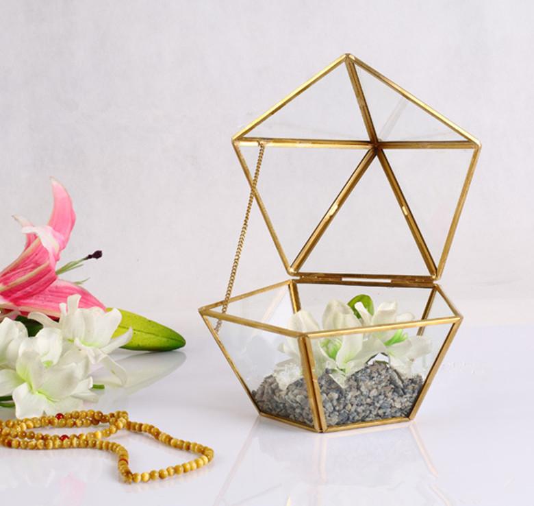 Indoor-gardening-handmade-geometric-glass-terrarium-for