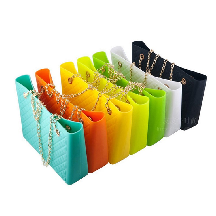 Alibaba China Factory Cute Lady Silicone Purse Handbag Oem Promotion chain ropes Beach Bag
