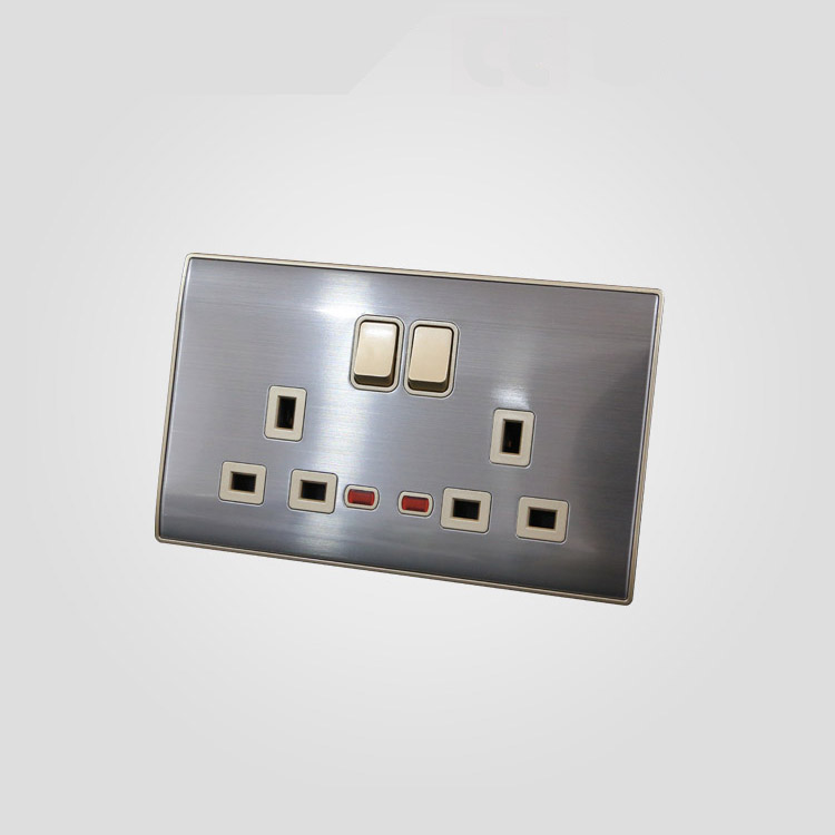 All kinds of new coming uk standard twin 2 gang 3 pin socket