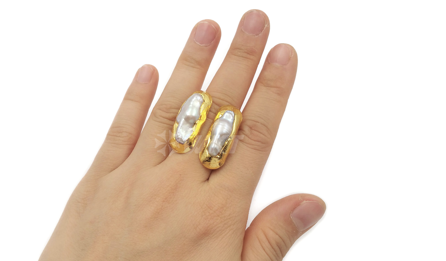 WT-R332 Classic unique Each one is different two Pearls Jewelry in Gold plated Adjustable Natural Freshwater Pearl Rings