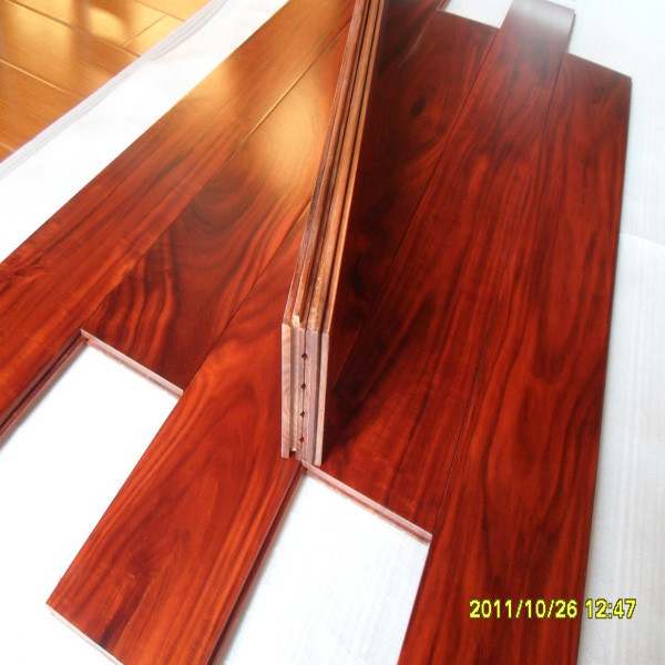 prefinished luxury santo mahogany color small leaf Acacia solid wood flooring